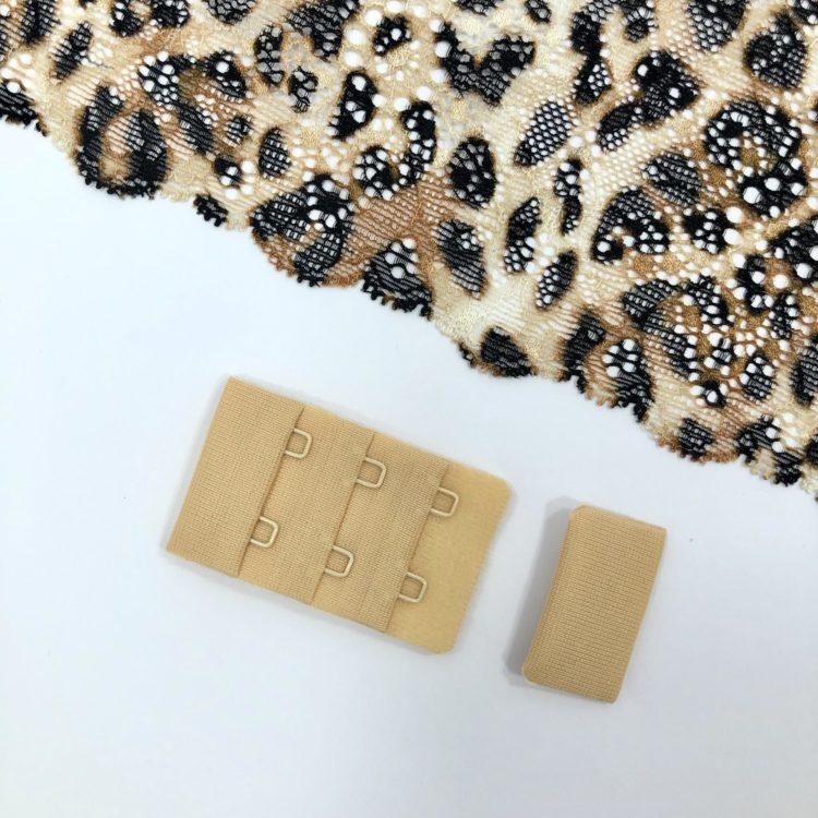 Застёжка текстильная телесная 2х3