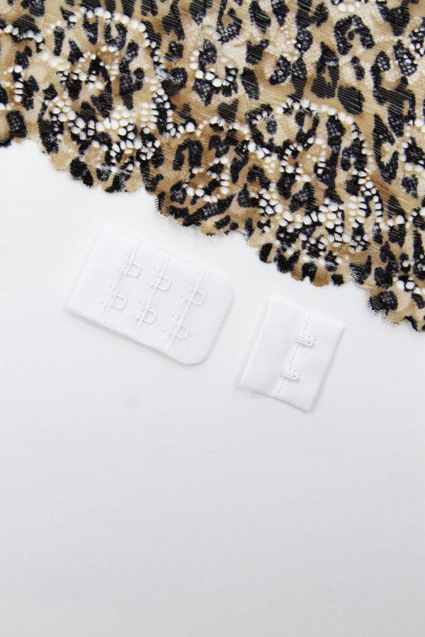 Застёжка текстильная белая 2х3