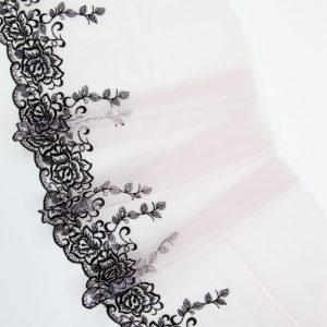 Вышивка на сетке бельевая пудра с чёрным