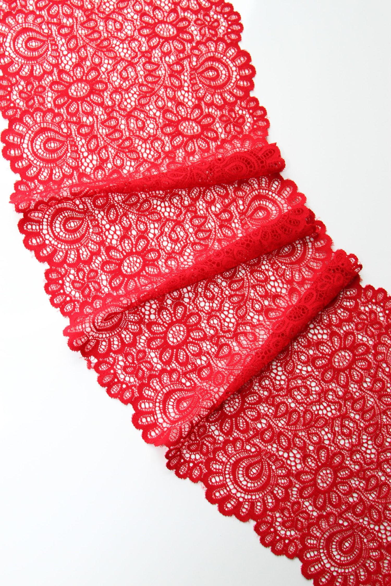 Эластичное кружево красное