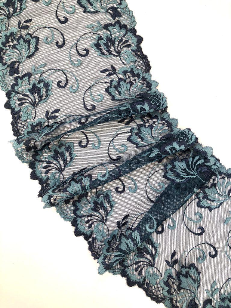Вышивка на сетке темно-синяя со светло-синим