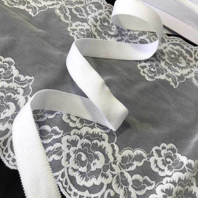 Резинка бретелечная 20 мм матовая белая