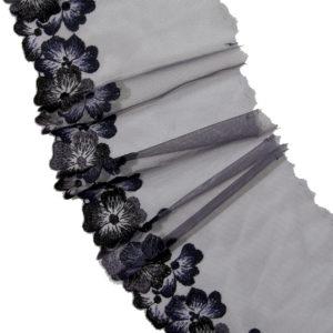 Вышивка на сетке деним с синим и голубым
