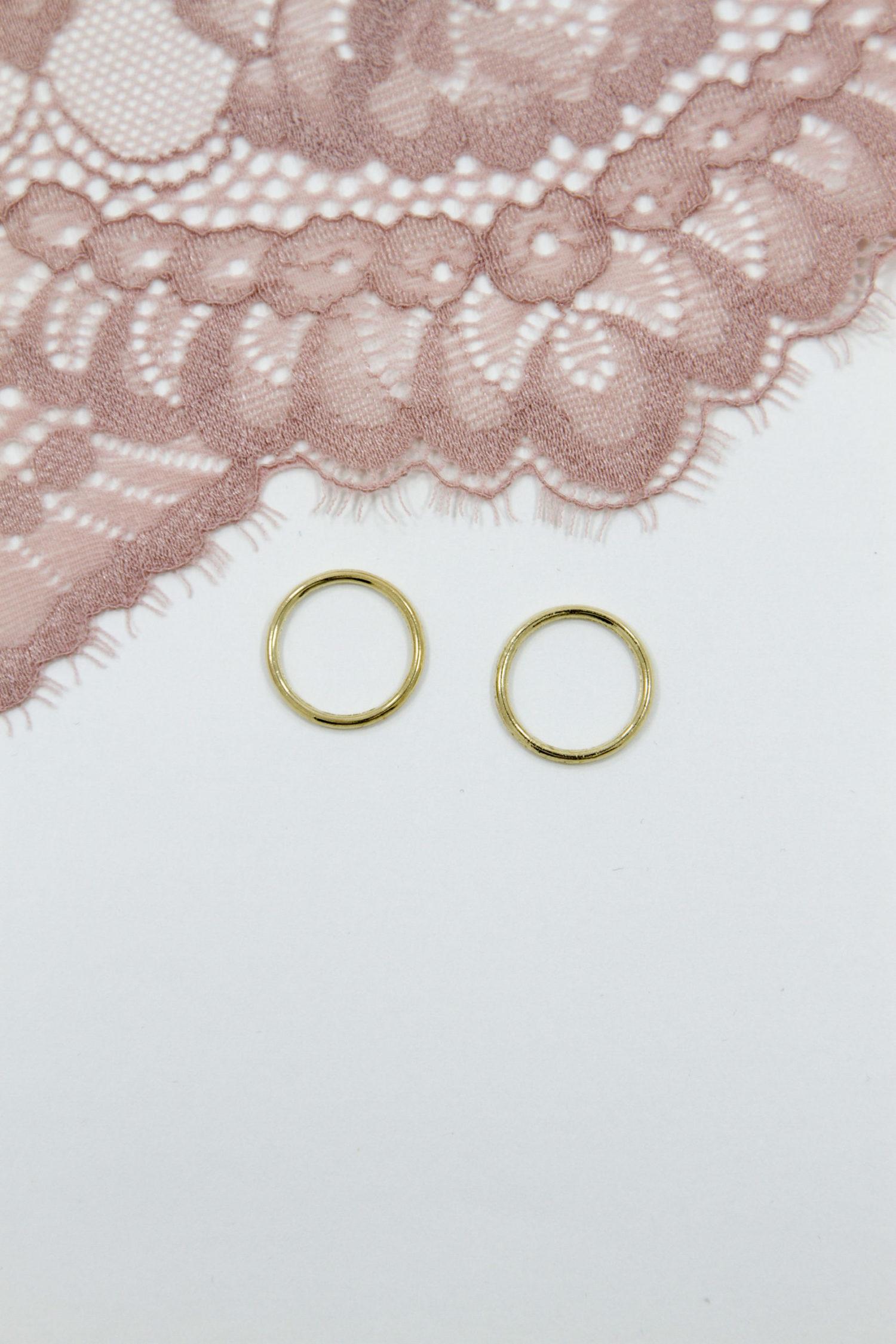 Кольцо металлическое бельевое 1.5 см светлое золотое