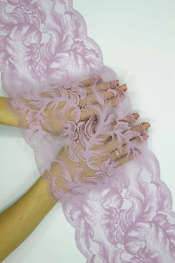 Эластичное кружево в цвете розовая лаванда