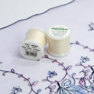 Нитки швейные Madeira aerofil №120 Col. 8682 сливки