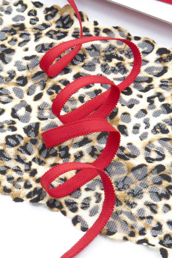 Резинка бретелечная 11 мм матовая красная