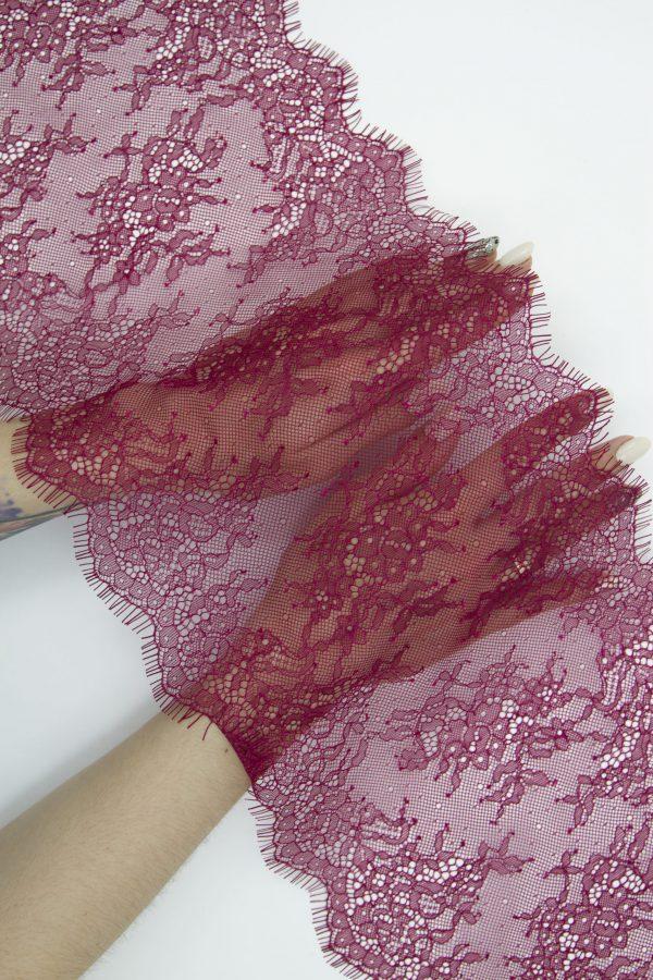 Кружево шантильи цвет брусника