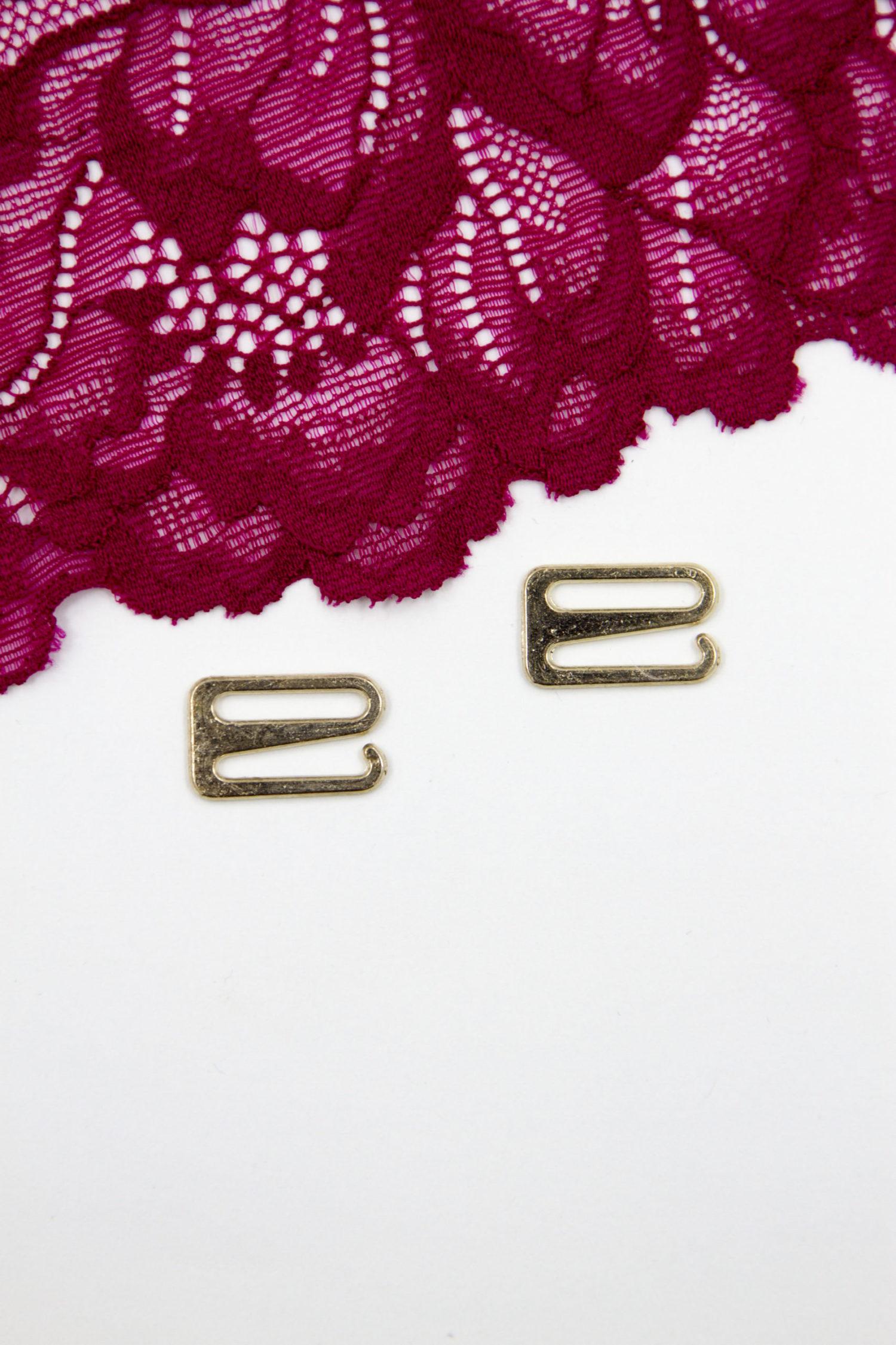 Крючок металлический бельевая фурнитура 1.5 см светлое золото