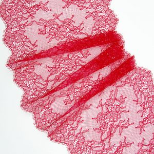 Кружево шантильи без эластана малиново-красное